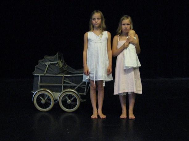Gastohoven Invites opent met uniek danstheater (Update: opening op zaterdag, tentoonstelling wel open)
