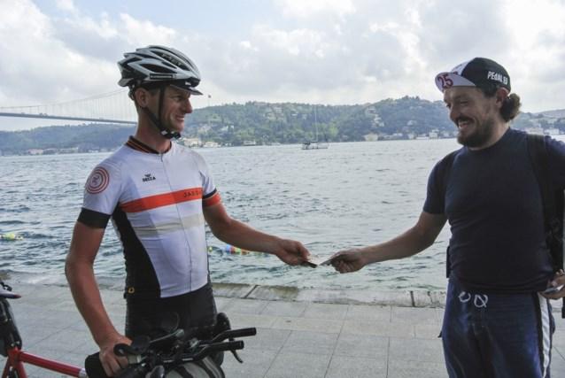 Leerkracht wint heroïsche fietsrace