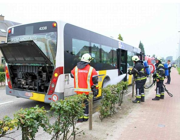 Bus De Lijn in brand door defecte rem