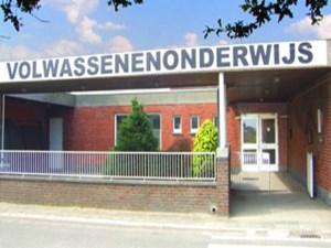 Vernieuwde klaslokalen volwassenenonderwijs  ISBO in Hijfte officieel geopend
