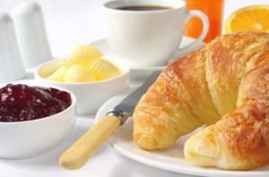 Albert Heijn deelt gratis ontbijtpakketjes uit
