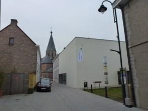 Oppositie verrast door hoge schuldenlast Raveelmuseum