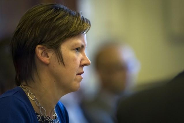 'Quotum van 40 procent vrouwen in federale regering in Grondwet'