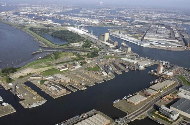 Man zwaargewond bij arbeidsongeval in Antwerpse haven