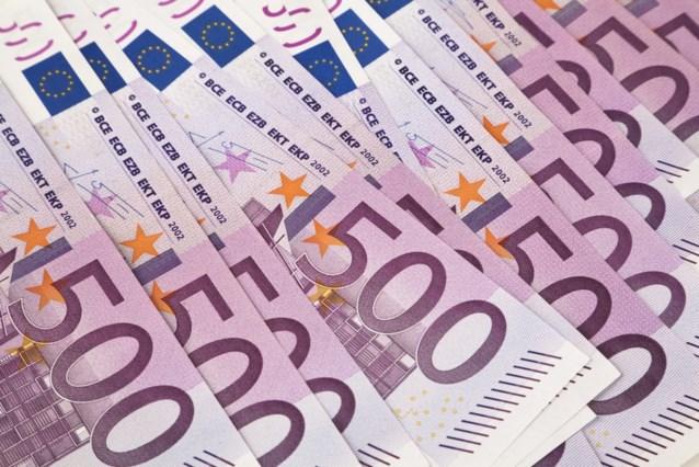 Vrouw neemt vliegtuig in Brussel met 55.500 euro in maag