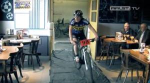 VIDEO. Cyclocross gaat dwars door café