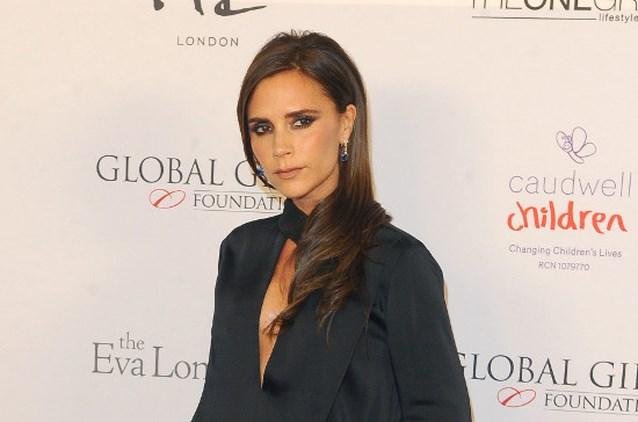 Victoria Beckham maakt T-shirt voor Wereld AIDS Dag