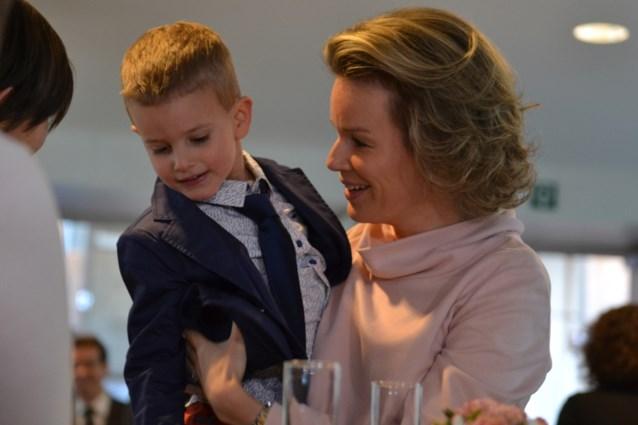Mathilde bezoekt Gasthuisberg