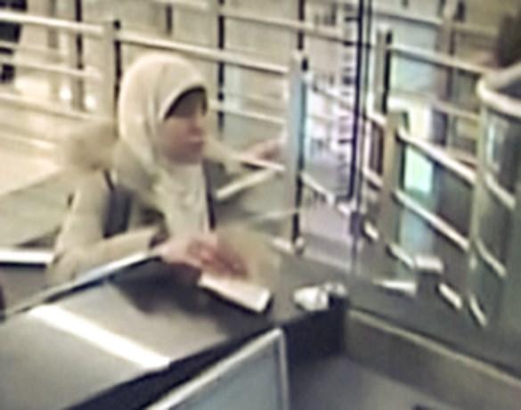 Meestgezochte vrouw van Frankrijk duikt op in ISIS-video