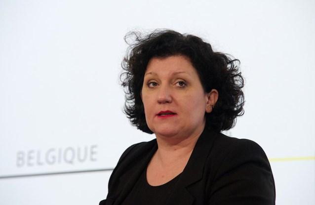 Raad van State laat Vlaamse regering Turteltaks terugfluiten, Turtelboom weigert
