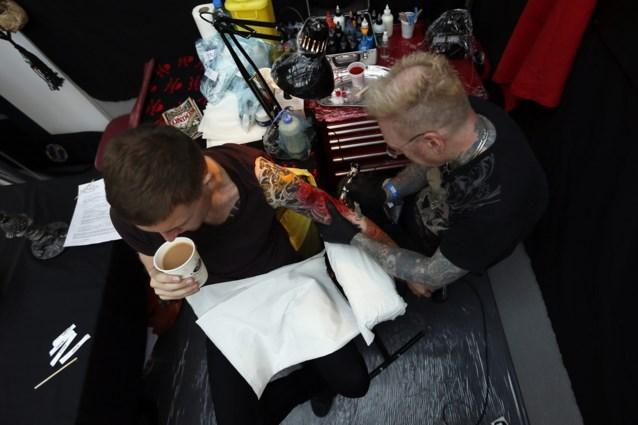 'Dringend nieuwe wetgeving nodig voor tattoo's en make-up'