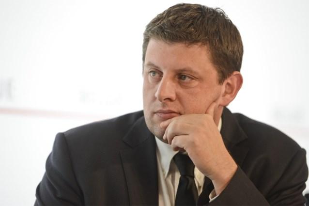 John Crombez moet voor deontologische commissie van parlement verschijnen