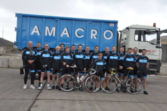 Amacro Cycling Team voorgesteld
