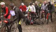 16.000 wielertoeristen rijden hun Ronde in Flandrien-weer