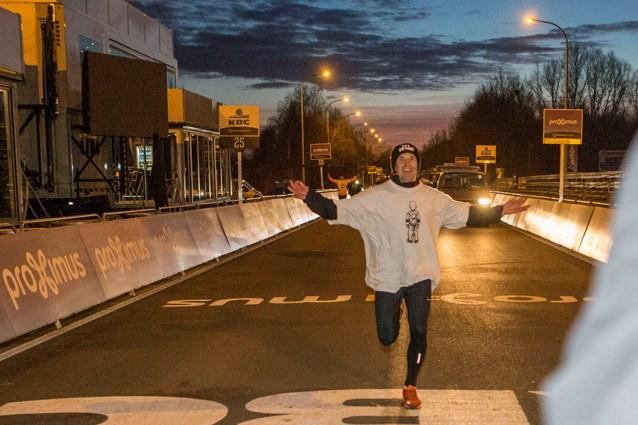 Hugo Derycke loopt Ronde in 38 uur
