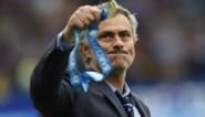 Oh wat is José Mourinho streng, Chelsea viert titel voluit