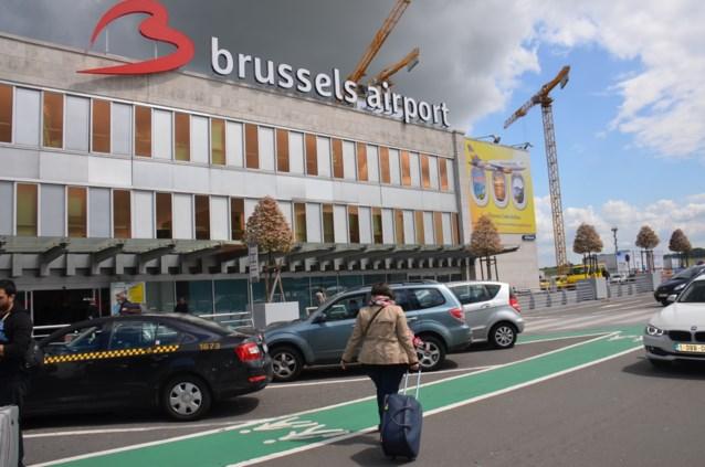 Taxichauffeurs luchthaven hebben schrik: 'het is één grote maffia'