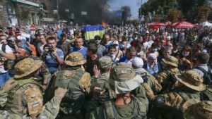 Gemaskerden vallen Oekraïns 'anti-Euromaidankamp' aan