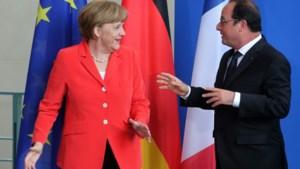 Merkel en Hollande spreken met Poetin over geweld in Oekraïne