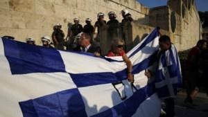 Griekenland doet Brusselse beurs in het rood afsluiten, maar schade blijft beperkt