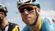 Lars Boom stapt uit de Tour de France