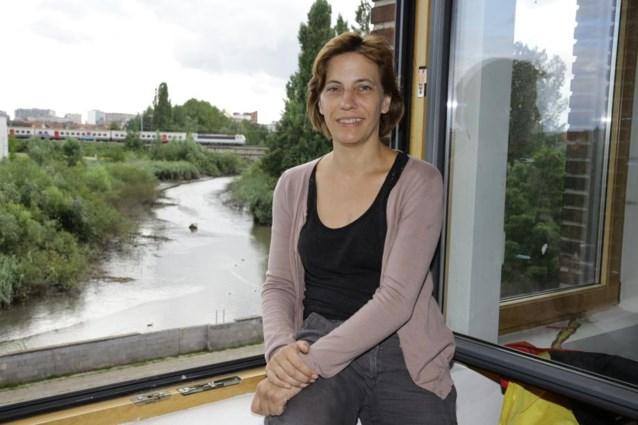 Weer 'putjesgeur' aan dichtgeslibde Schelde in Gentbrugge
