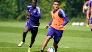 CLUBNIEUWS. Terugval voor Suarez, ook Bia naar Turkije