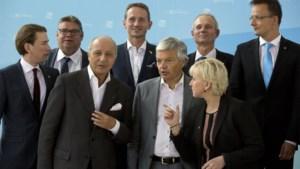 Reynders: 'We moeten en kunnen die mensen opvangen, samen met alle EU-landen'