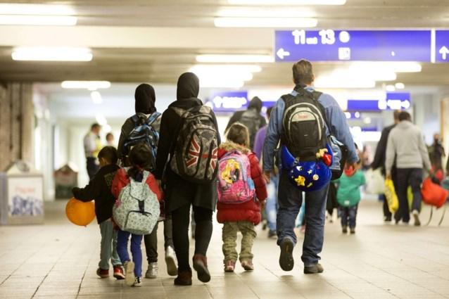 Tienduizenden Afghanen zijn onderweg naar Europa