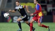Spelers Andorra vragen shirt Hazard... na een halfuur spelen