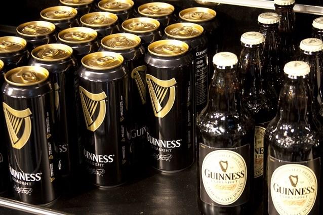 Na 256 jaar kunnen nu ook veganisten Guinness drinken