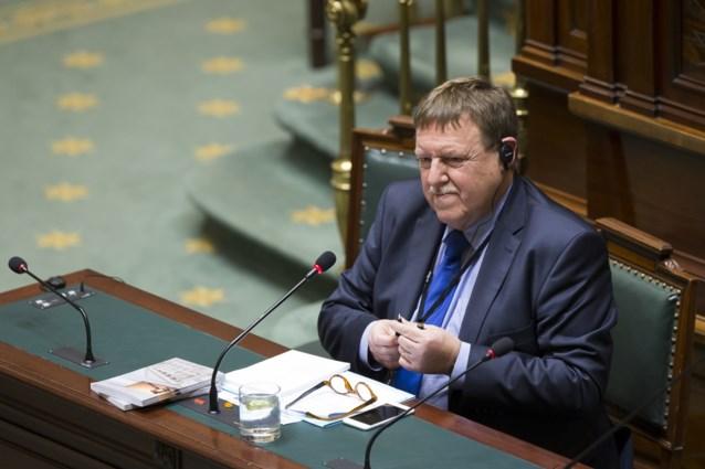 Kamer plant extra plenaire vergadering over terreuraanslagen