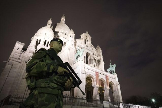 Frankrijk mobiliseert 115.000 agenten en soldaten