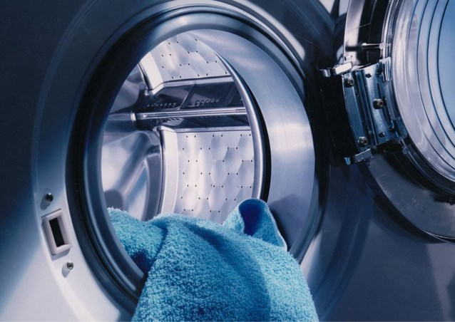 Bacteriën blijven op kledij zitten na wasbeurt op lage temperaturen