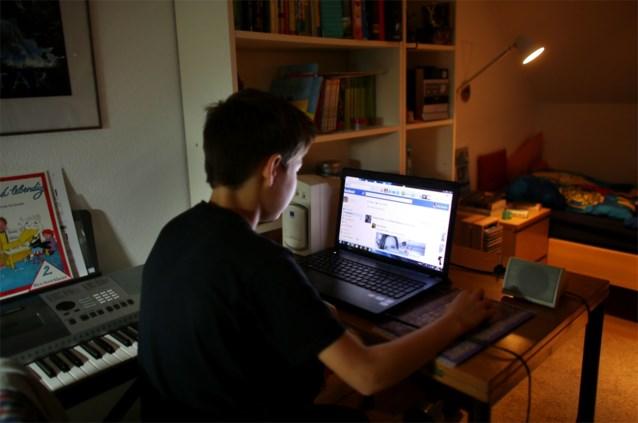 Jongeren willen 'alarmknop' om foto's op sociale media te blokkeren