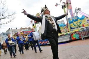 IN BEELD. Carnavalsfoor op ludieke wijze geopend