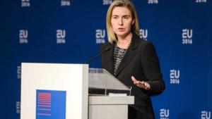 EU aan Turkije: 'Laat Syrische vluchtelingen binnen'