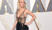 Sterren pronken op de rode loper van de Oscars