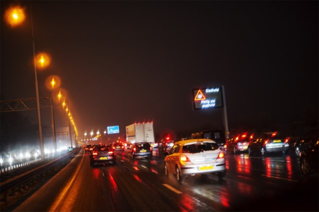 Acht op de tien automobilisten willen snelheidsverlaging op snelwegen bij regenweer