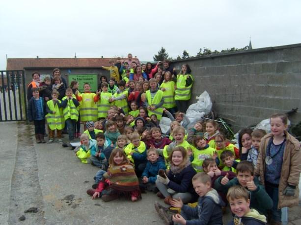 Basisschool De Sterrebloem houdt grote lenteschoonmaak in Meigem