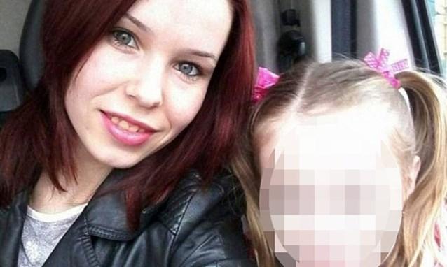 Jonge vrouw en dochtertje (2) enige overlevenden in noodlottige wagon metro Maalbeek