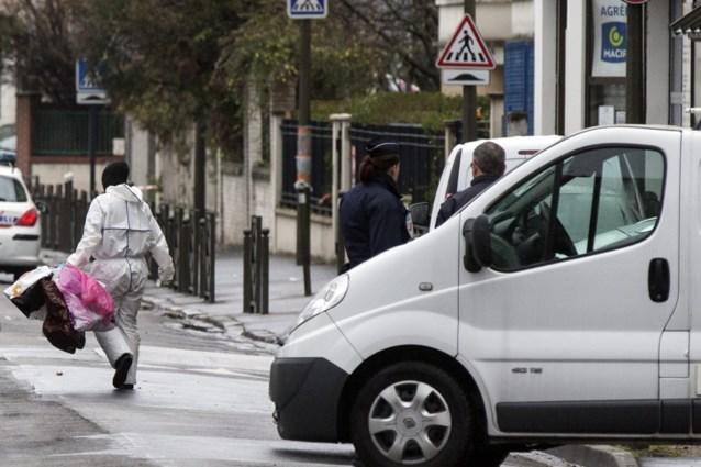 Aanvalswapen en explosieven gevonden in appartement Parijs