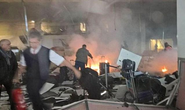 """""""Ook nu nog werken ISIS-sympathisanten op Zaventem"""""""