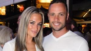 """""""Oscar Pistorius viel Reeva eerst aan met cricketbat"""""""