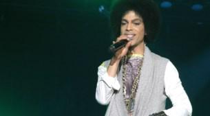 FOTO. De outfits van Prince doorheen de jaren