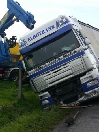 """Vrachtwagens rijden zich vast in Aalter """"omdat ze gps volgen"""""""
