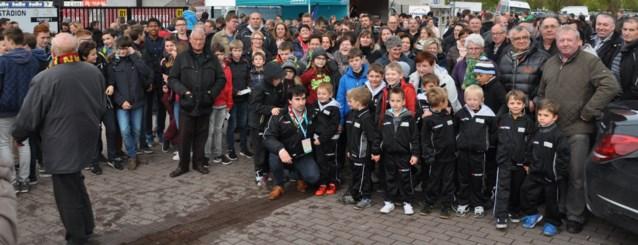 Vinktse voetbaljeugd trok op uitstap naar Zulte-Waregem
