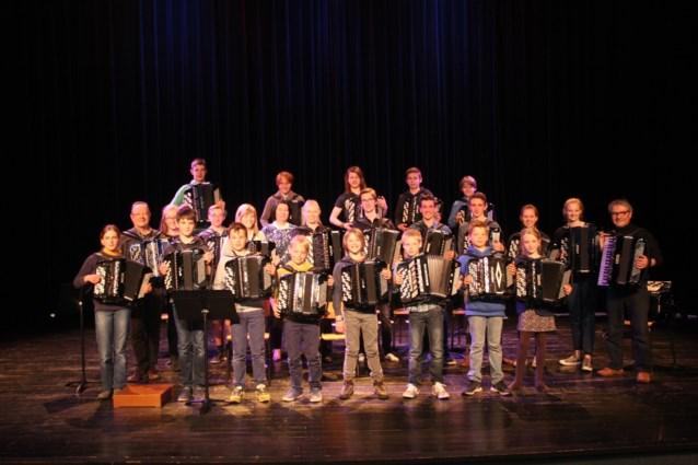 Lenteconcert accordeon in het auditorium te Aalter