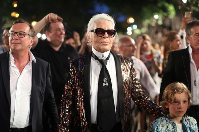 Geen eigen label voor Hedi Slimane, wel naar Chanel?