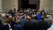 IN BEELD. Massa volk brengt laatste groet aan Gaston Berghmans